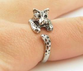 Leopard Animal Wrap Ring - Shiny Silver